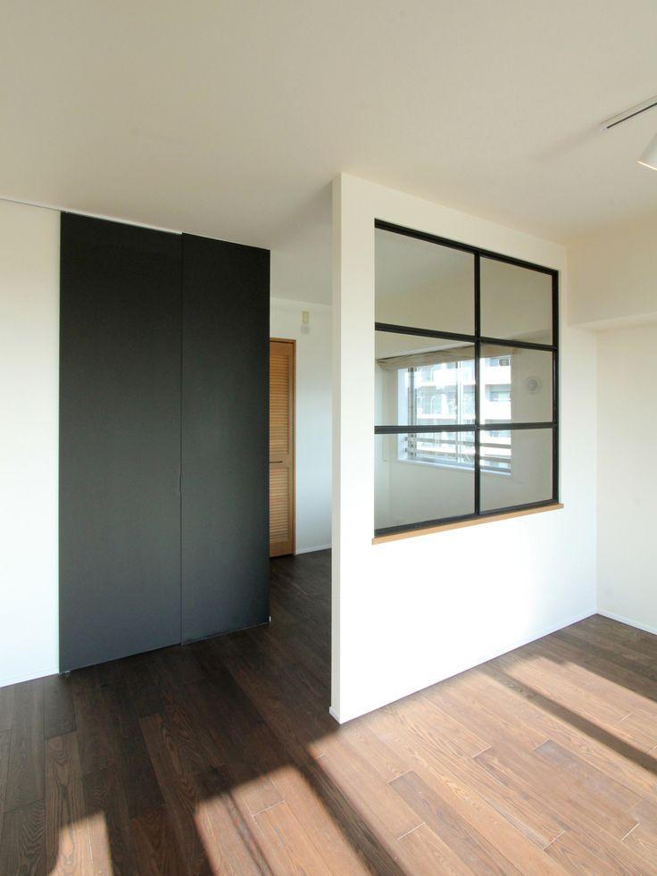 WINDOW/窓/室内窓/アイアン/木枠/格子窓/パーテーション/リノベーション/FieldGarage Inc./design by フィールドガレージ