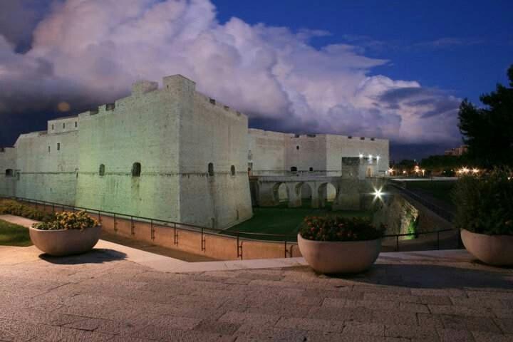 Il Castello di Barletta, Puglia, Italy