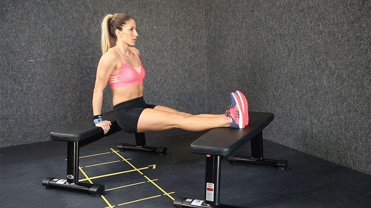 Chi ha detto che per avere delle braccia forti bisogna sollevare i pesi? Ecco 7 esercizi a corpo libero per allenare i tricipiti.