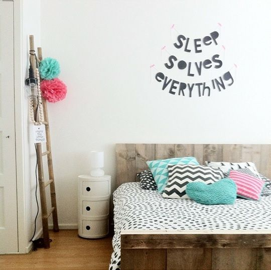 #Wordbanner #tip: Sleep solves everything - Foto @travelbugje - Buy it at www.vanmariel.nl - € 11,95