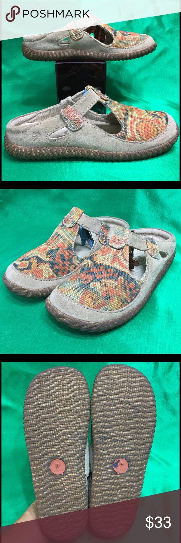 ACORN flames EARTHROAMER t strap clog/mule/slide 8 jute/suede . Rare . Cool . Clean . No issues . View HD pics for details . Acorn Shoes