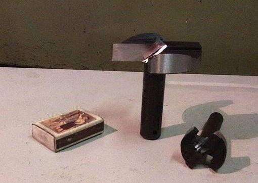 Egyedi méretű forstner fúrót keres? Mi legyártjuk.  (A képen a nagy forstner fúró Ø 65 mm-es) http://faipariszerszam.hu/arak/furok_vedett.pdf