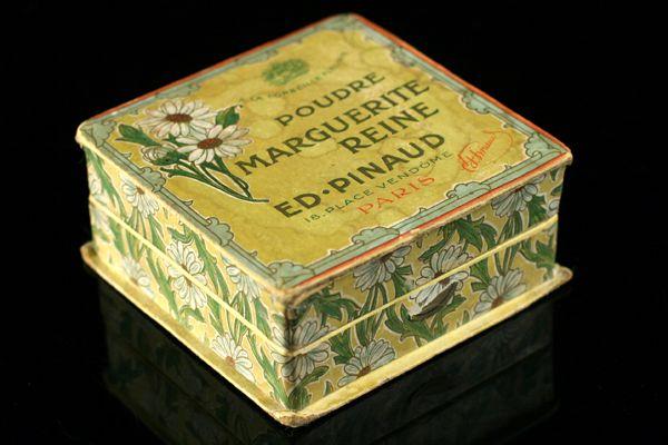 'Marguerite Reine' | Art Francais – Art Nouveau Art Deco glas & parfum