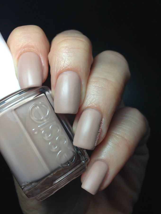 Essie All Eyes on Nudes