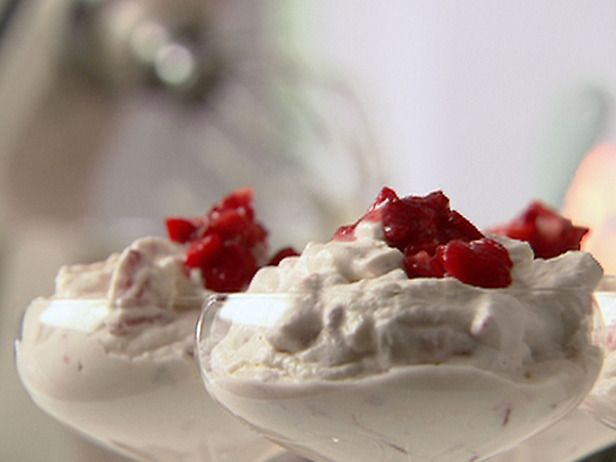 Eton Mess: eat like  Royalty with this simple, quick and delicious British dessert ~ meringue, strawberries and cream.
