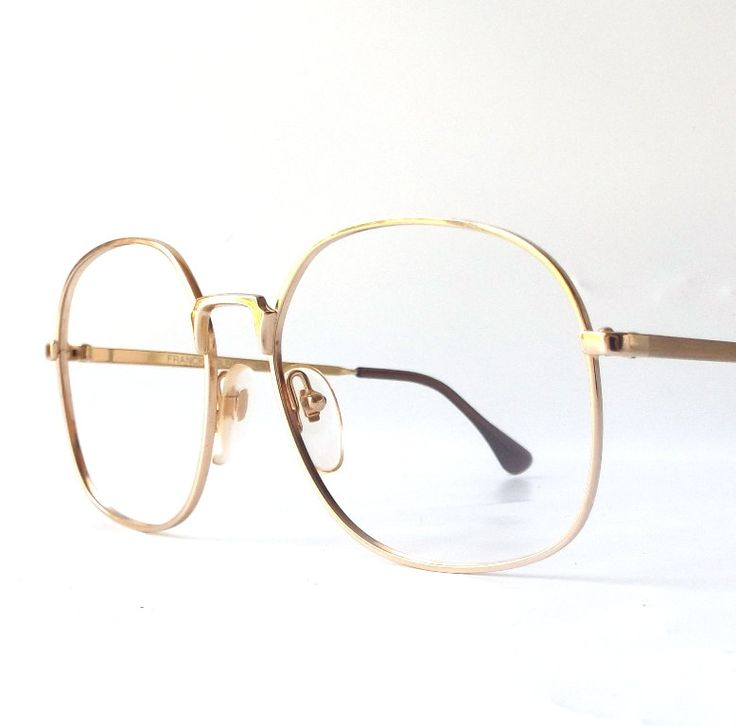 Gold Frame Vintage Glasses : 17 Best images about Yasss on Pinterest Big box braids ...