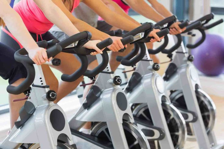 Want to get fit? Here are eight easy ways to save big on a gym membership.