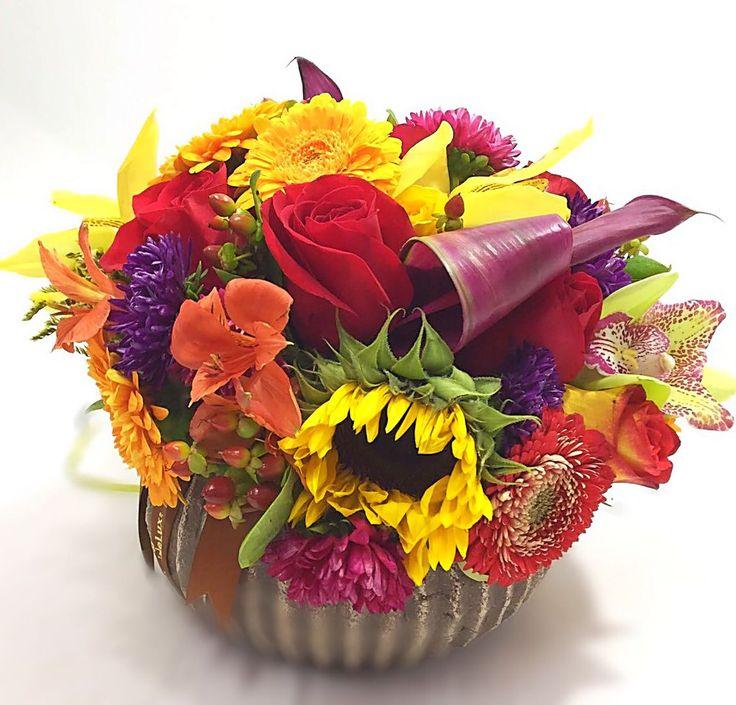 """""""Vreau sa va multumesc pe aceasta cale pentru efortul depus si atentia la detalii si dorintele mele. Efectul a fost spectaculos si transmiteti va rog recunostintza si multumirile mele tuturor celor ce au contribuit."""" #sharethelove #floridelux ^_^ https://www.floridelux.ro/flori-de-toamna"""