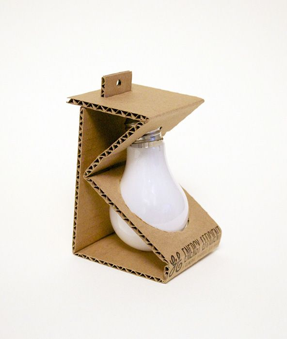 Michelle Wang, Light Bulb - Sustainable Packaging Design #packaging #design #packagingdesign