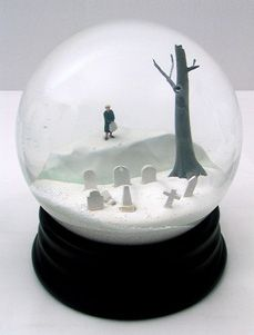 unique cemetery snow globe - been trying to find one for ages!