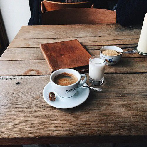 Coffee in wood assistance