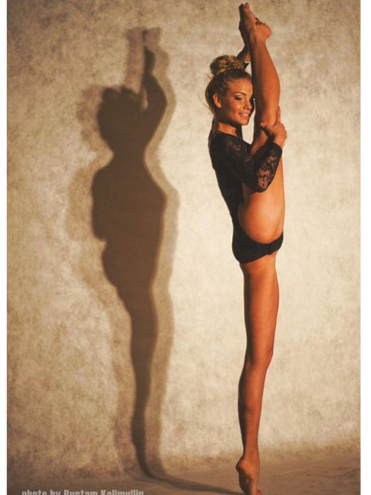 девушки высоко задирающие ноги только громко