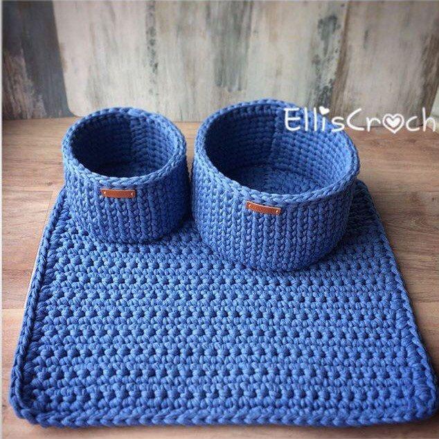 New bathroom set of baskets and rug