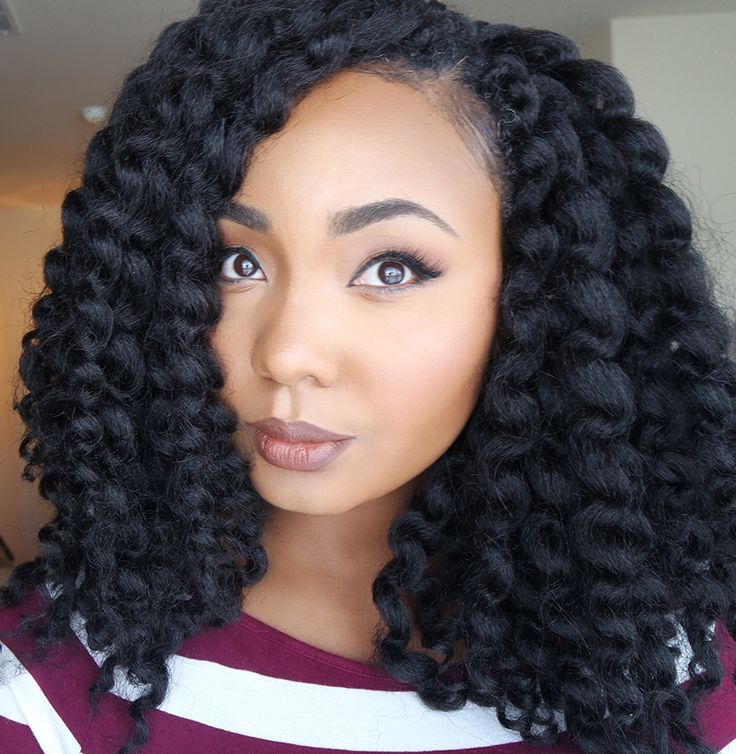 Hey Sistas! Remember the Crochet Senegalese Twists I installed? Well, I unraveled the shorter twists are wore the style in a really cute Crochet Twist Out.
