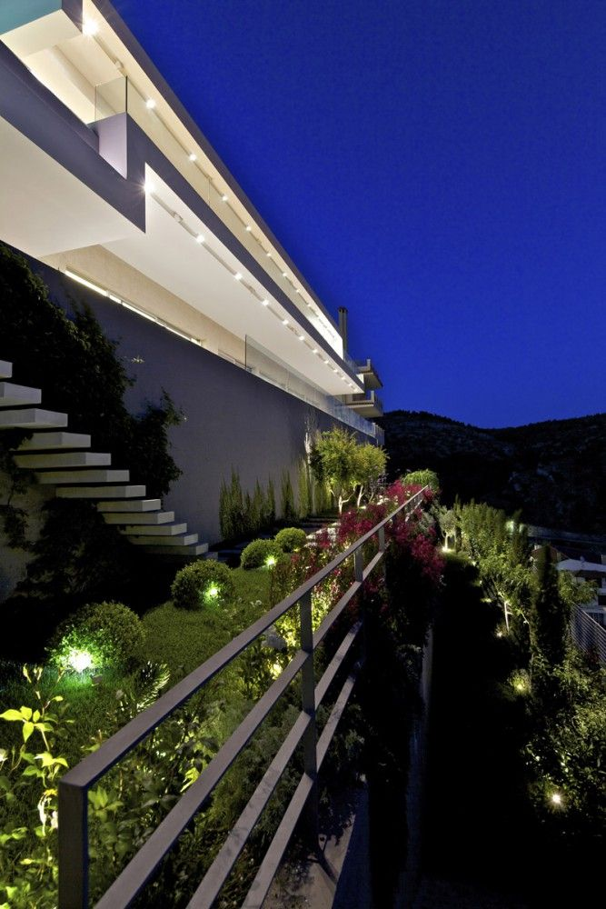 house with a view ISV architects photos: Giannis Kontos #ifigroup #architectural #lighting