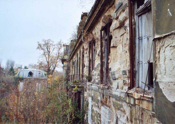 Château près de Paris ayant appartenu à la famille Rotschild