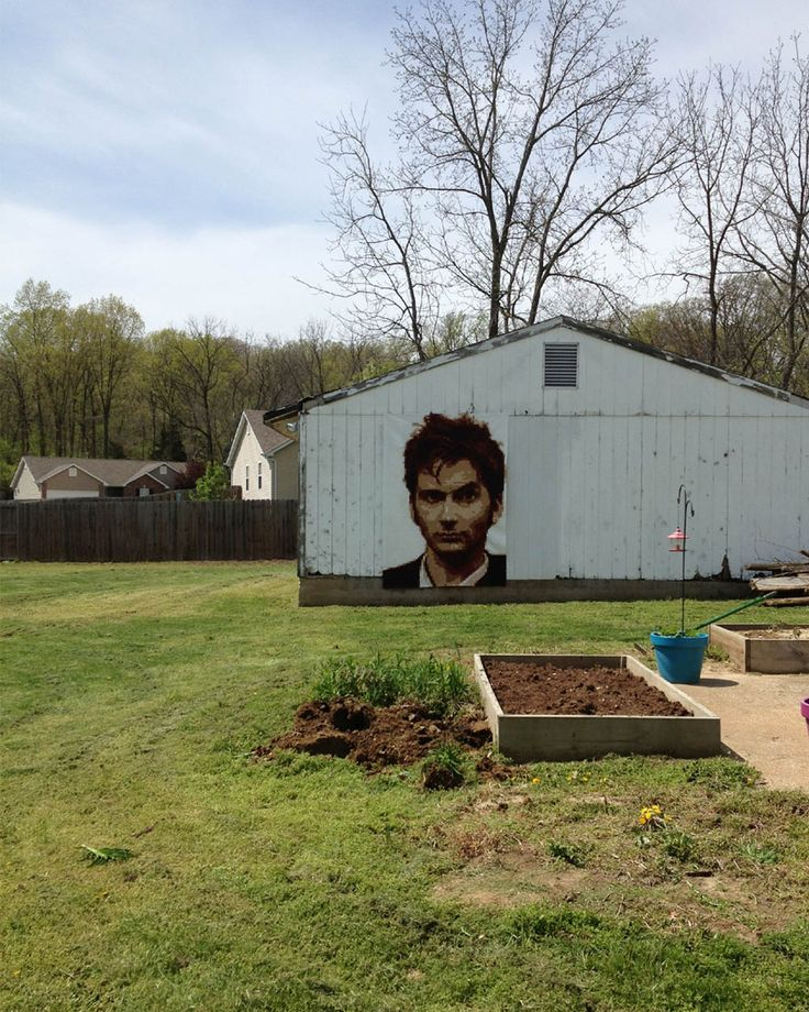 St. Louis Folk Victorian//KristyDaum// Pixel Quilt - THE TENTH - David Tennant - Doctor Who