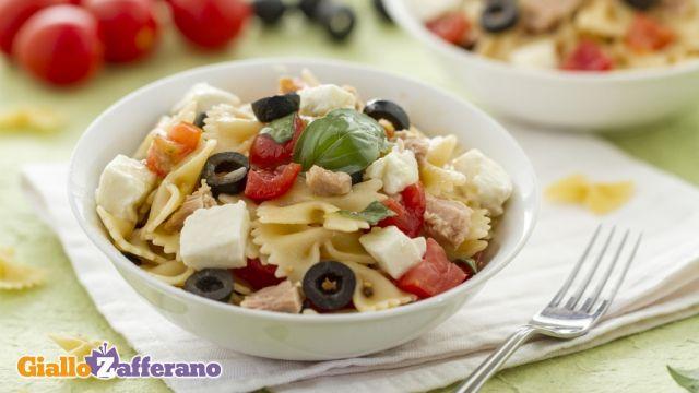 Insalata di pasta Mediterranea - pic nic time!