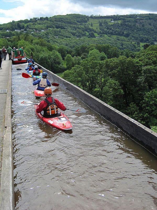 Kayaking The Pontcysyllte Aqueduct Llangollen Canal Paddling Adventure Pinterest Around