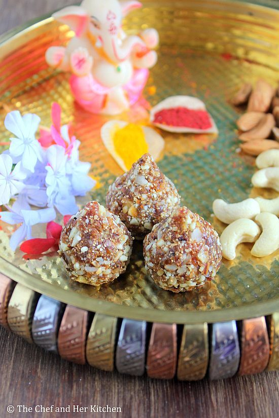 THE CHEF and HER KITCHEN: Dry Fruit Modak Recipe | Kharjur Modak | Ganesh Chaturthi Recipes