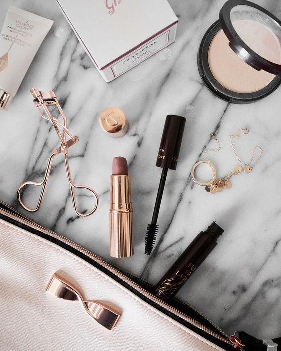 # 7 TRENDS -Hauptstädte- für Make Up im Herbst Winter 2019   – Publicidad makeup