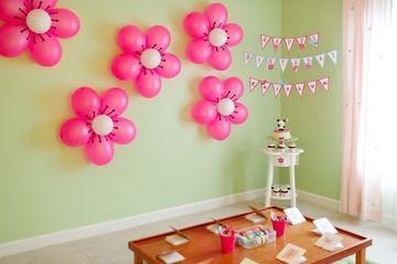 Palloncini rosa a forma di fiore