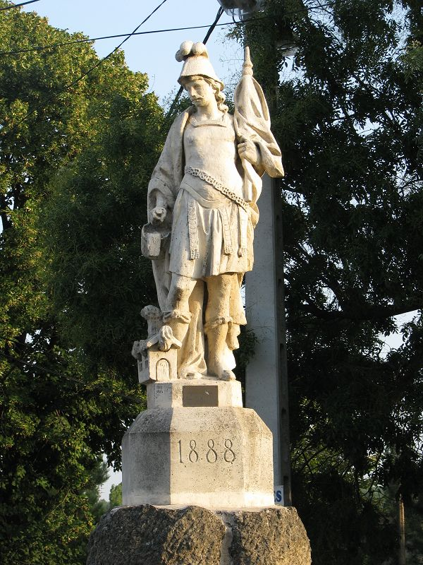 Szent Flórián szobor (Sóskút) http://www.turabazis.hu/latnivalok_ismerteto_5128 #latnivalo #soskut #turabazis #hungary #magyarorszag #travel #tura #turista #kirandulas