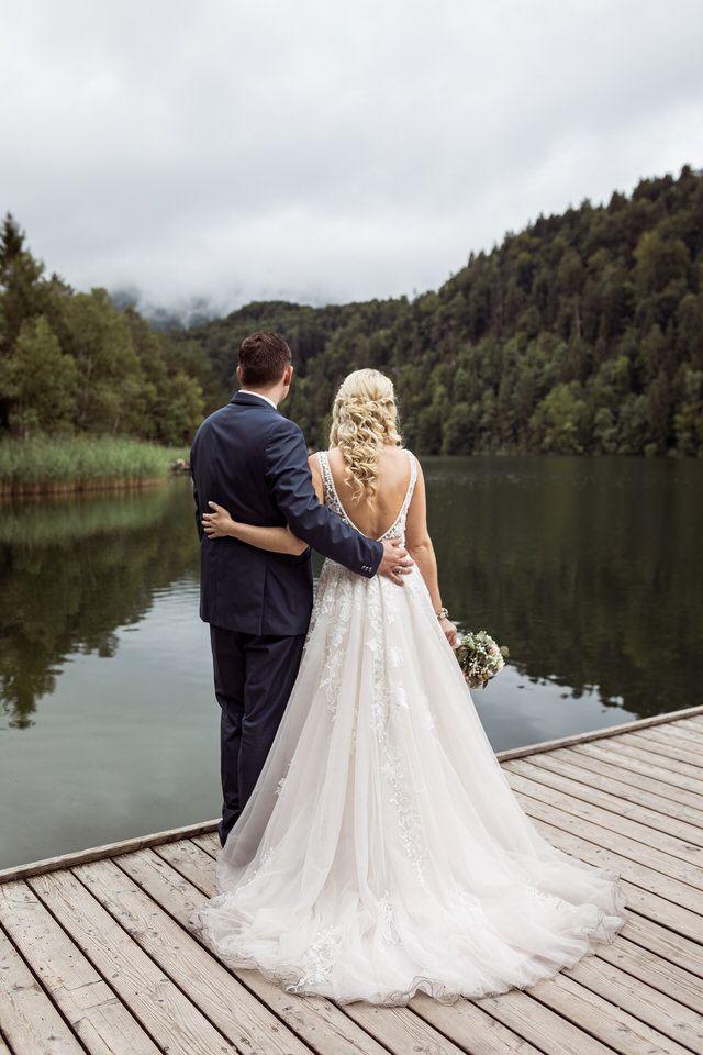Romantisches After Wedding Shooting Am Schloss Neuschwanstein In Fussen Hochzeitsfotograf Hochzeit Standesamtliche Hochzeit