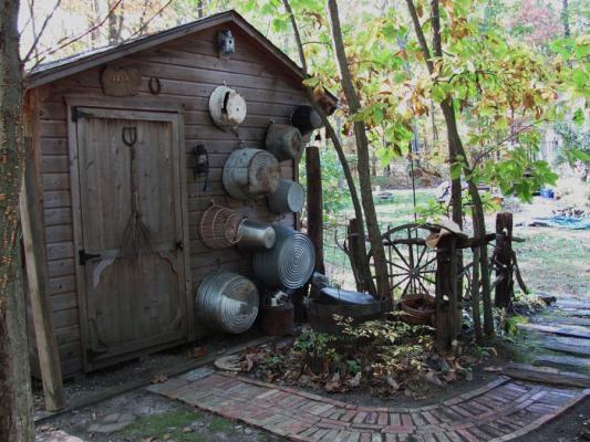Rustic Backyard Sheds : backyard rustic shed  Backyard studios, outbuildings, garages  Pint
