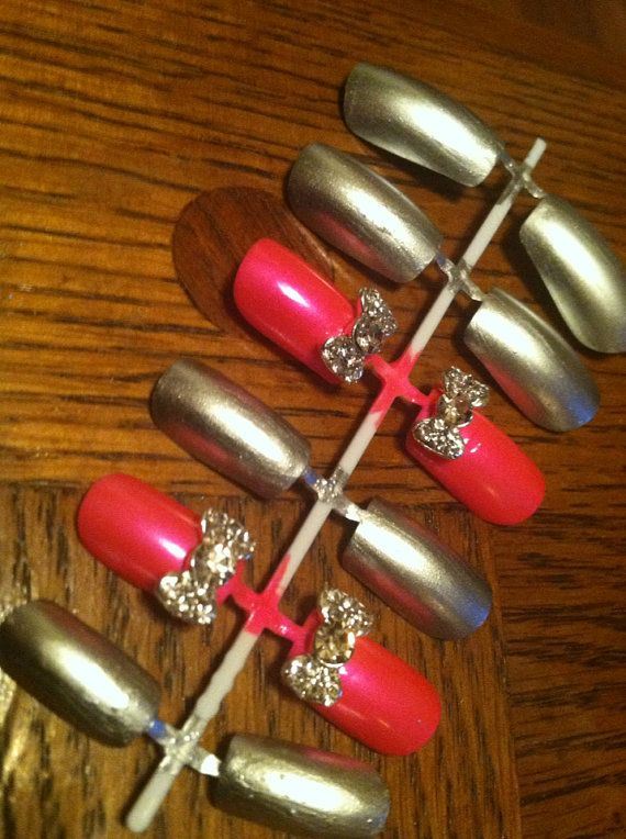 Pink and Silver Fake Nails with Rhinestone Bow by ...