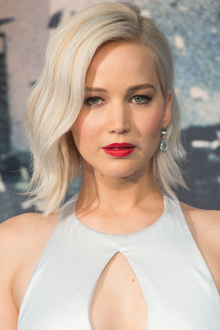 Jennifer Lawrence - whitish highlights