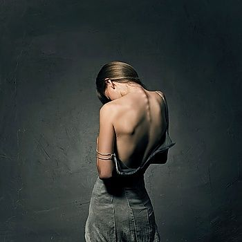 #glamor #woman #dress #back #blackbackground #beauty #elegant