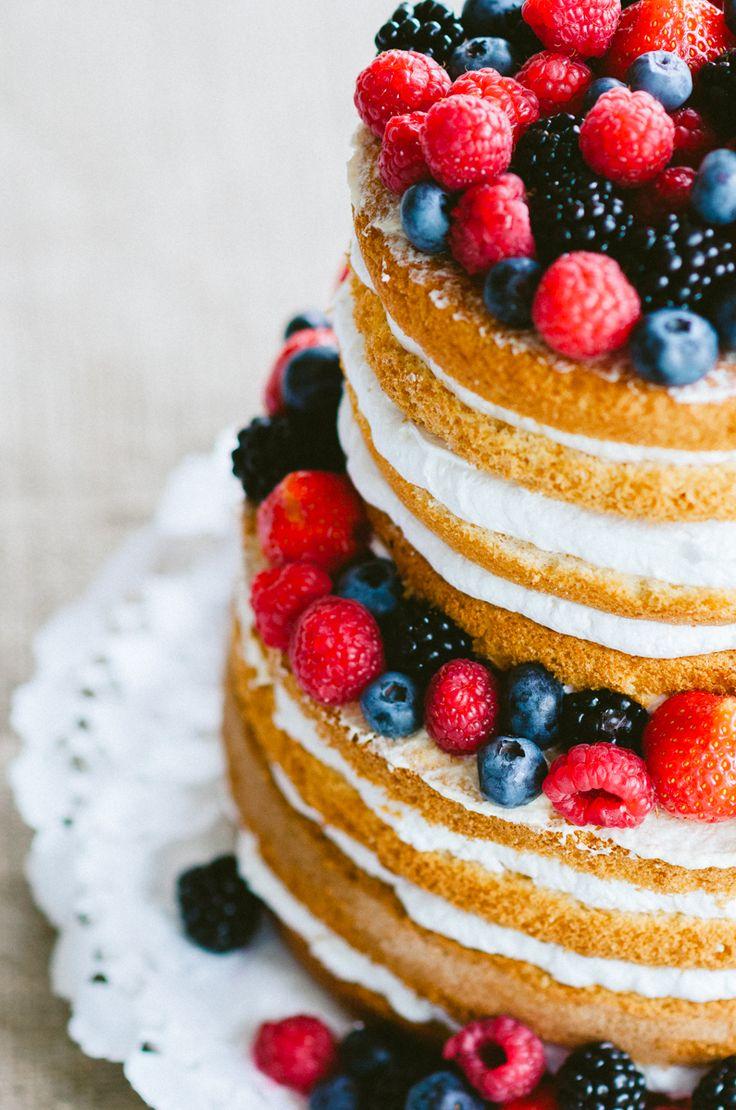 berries wedding cake