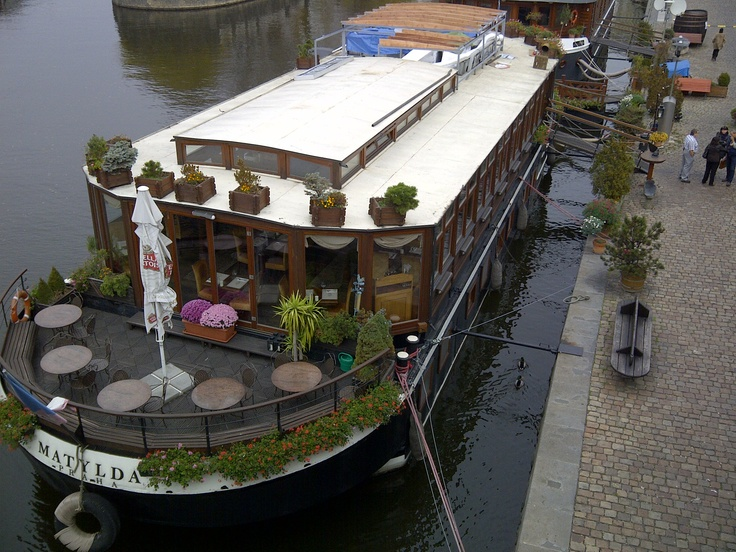 Nicely decorated boat restaurant located in Prague
