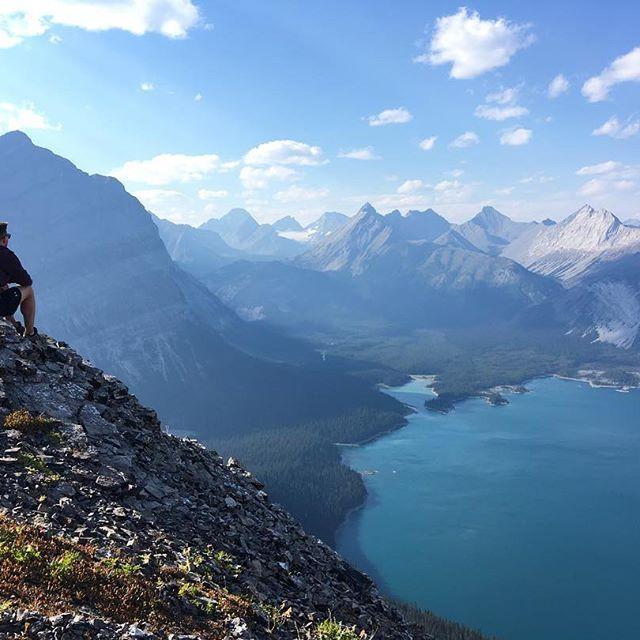 #hiking #canada #explorecanada #canada150 #travelalberta #kananaskis #coupletravel #aworldwithyou