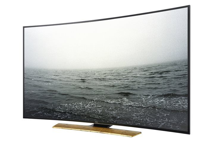 How New #Televisions Have Become a Staple in #Modern #Home #Design @SamsungAU http://inthelandofaus.com/2015/01/new-televisions/