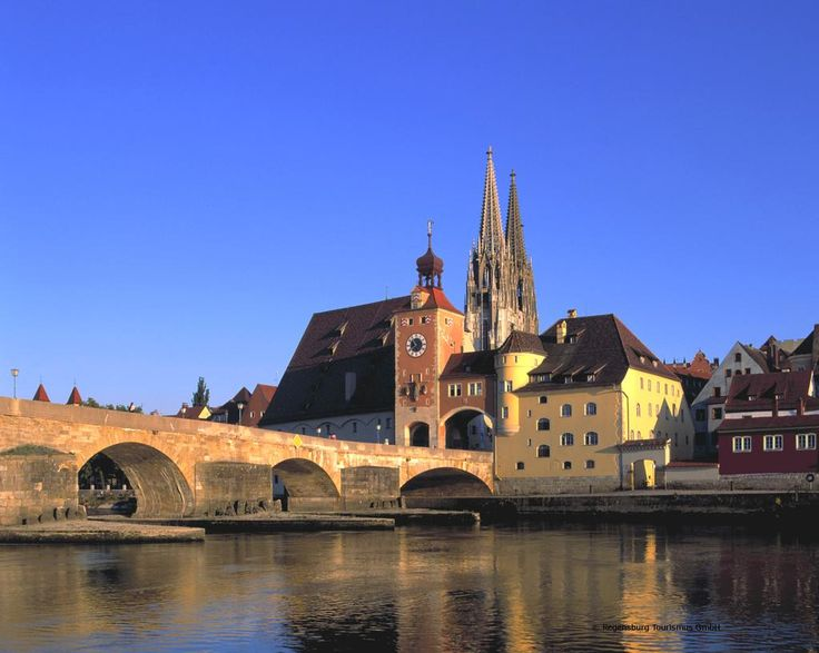 #Regensburg should be on the list of your must-see places! #travel #germany  http://buzz.mw/b68ls_f