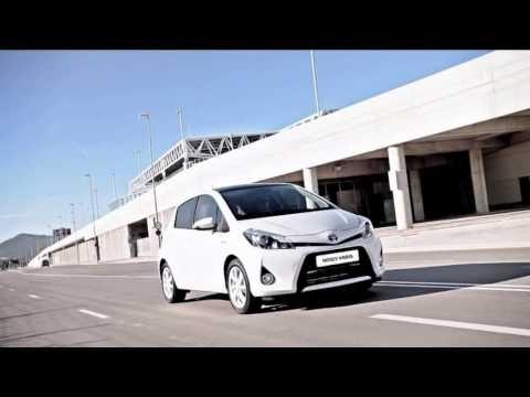 Rewelacyjnie niskie spalanie na poziomie 3,1l/100km - Oto Nowa Hybrydowa Toyota Yaris. Wyjątkowo ekonomiczna - pozwala oszczędzać na każdym kilometrze. Potwierdzona niezawodność pozwala cieszyć się samochodem przez wiele lat, a dynamiczny silnik zapewnia wiele pozytywnych emocji!    Dowiedz się więcej na www.poznajhybrydy.pl
