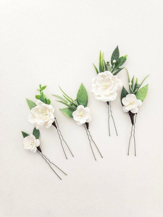 White ranunculus and eucaliptus bridal pin Eucalyptus wedding hair pin White green flower hair comb  Tropical wedding Rustic wedding