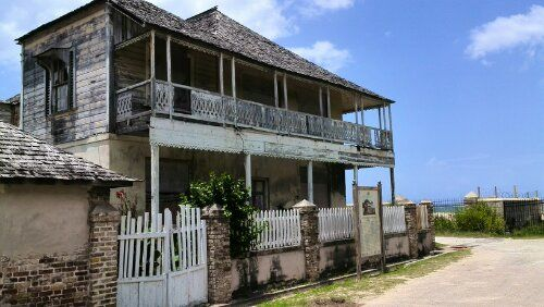 Falmouth jamaica historic buildings 2 davidson house for Building a house in jamaica