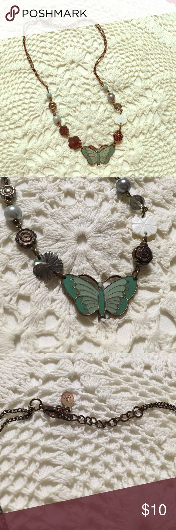 Necklace Beautiful romantic necklace to wear spring- summer and fall! Accessories Jewelry Necklaces