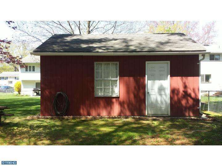 Price:$249,900 Beds: 3 Bed Baths:1 Full, 1 Half Bath House Size:1,812 Sq Ft Lot Size:0.25 Acres Year Built:1969   Read more on REALTOR.com: 54 Red Leaf Rd, Moorestown, NJ 08057 - Home For Sale and Real Estate Listing - realtor.com® http://www.realtor.com/realestateandhomes-detail/54-Red-Leaf-Rd_Moorestown_NJ_08057_M66357-92617#ixzz3B5iPaeUV  Follow us: @REALTORdotcom on Twitter | Realtor.com on Facebook