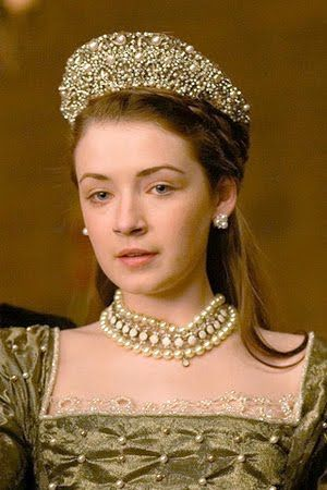 The Tudors Dresses | The Tudors' Princess Mary: On the Market! | The Tudor Blog