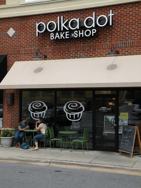 I like this #signage: Polka Dot Bake Shop | Charlotte, NC