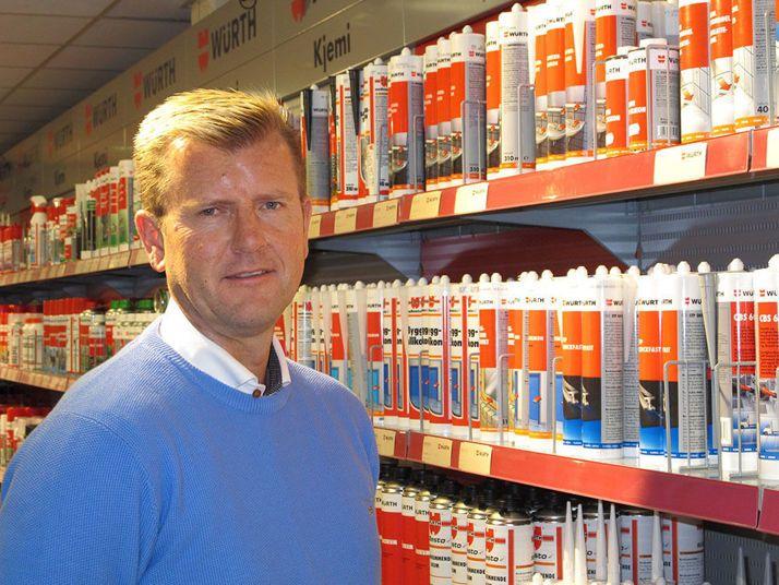 Byggeindustrien: Würth Norge AS har fornyet cirka 2.500 sikkerhetsdatablad for kjemiprodukter. Den arbeidskrevende prosessen er en følge av den nye merkeforskriften som trådte i kraft fra 1. juni i år.