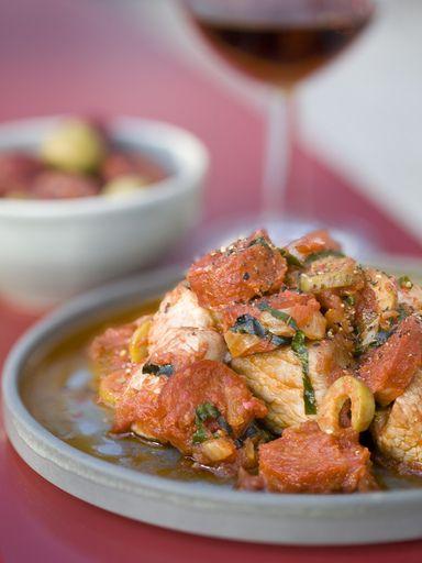 Sauté de veau au chorizo, tomates et olives vertes