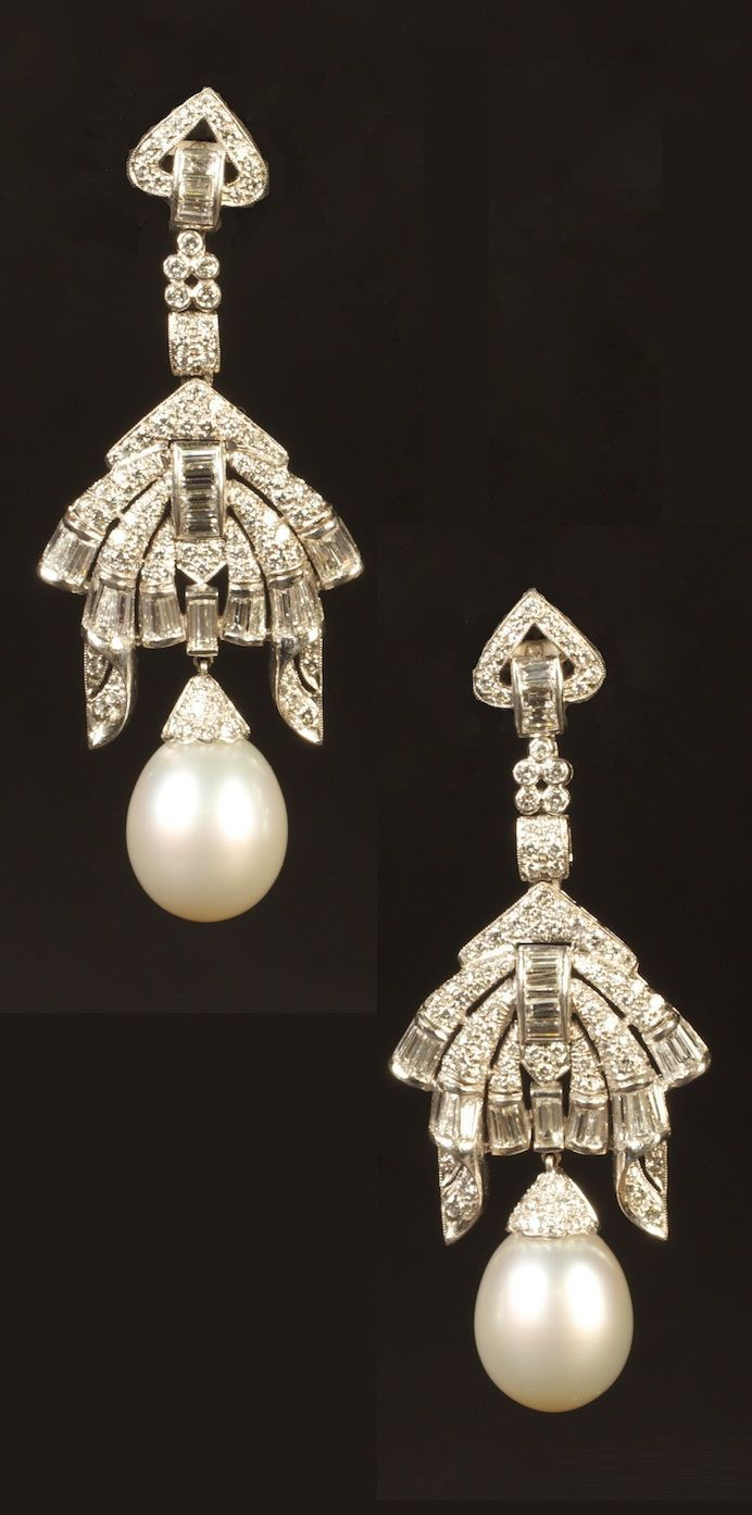 A pair of Art Deco platinum, pearl and diamond Earrings. #ArtDeco