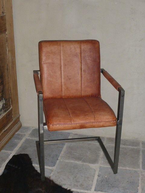 Stoere stoel stoelen metaal met cognac leren bekleding