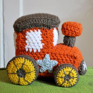 crochet-stuff-toy-train-amigurumi ~ free pattern
