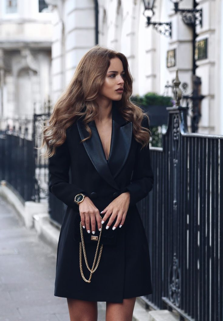 So chic in black Vol. 3 is all about owning tuxedo in your wardrobe. Fashion & Lifestyle blogger ,Nada Adelle she looked so  chic in black tuxedo dress, black braided heel, beautiful black crossbody bag to top it up she accessorize with beautiful watch.   You want to be featured in #sochicinblack ?? tag us…